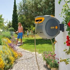 Hozelock AutoReel, zelfoprollende slanghaspel, soft touch slangstukken, startset en tuinspuit